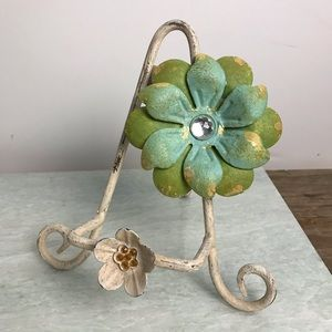 Distressed Metal Book Stand w/ Magnetic Flower